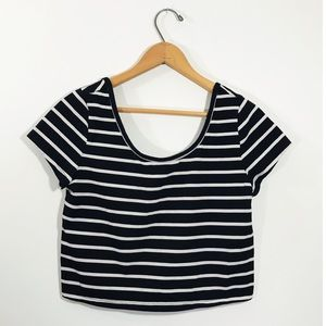 Mossimo • Striped Scoop Neck Crop Top • Large